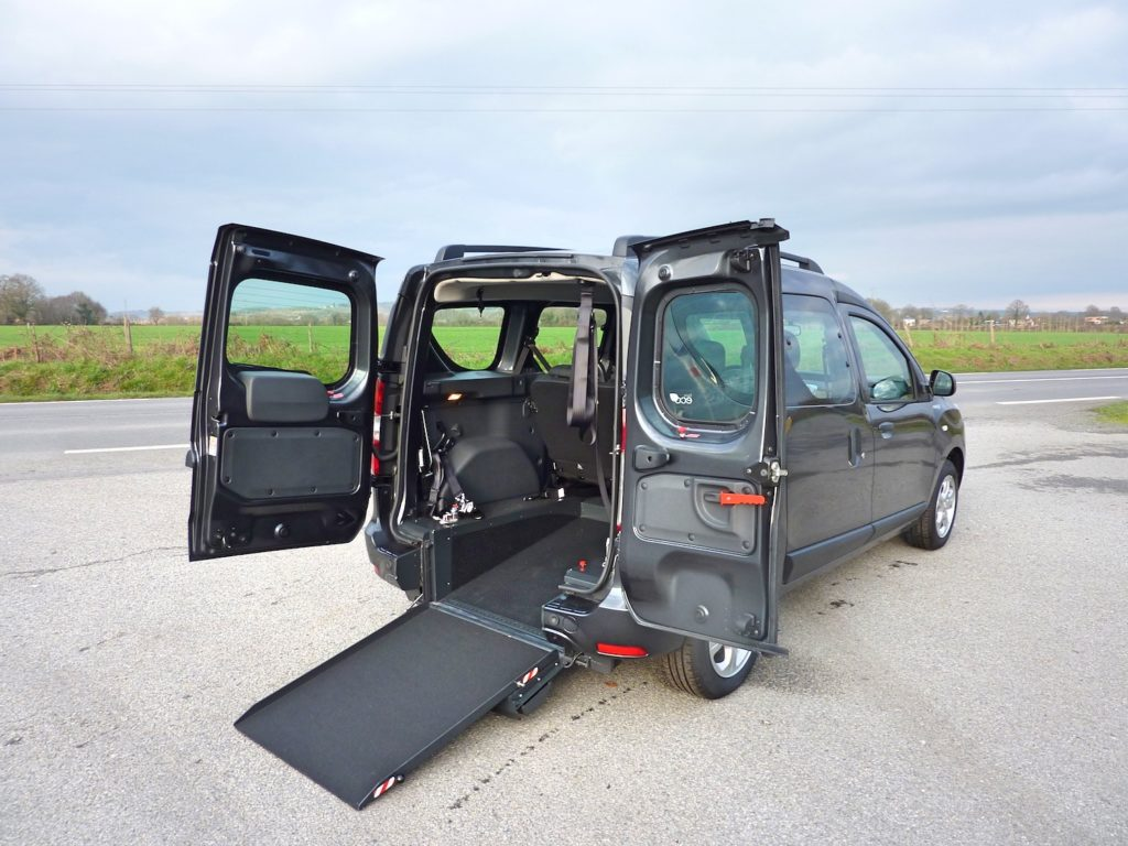 rampe fauteuil roulant Dacia Dokker TPMR Morice Mobilite