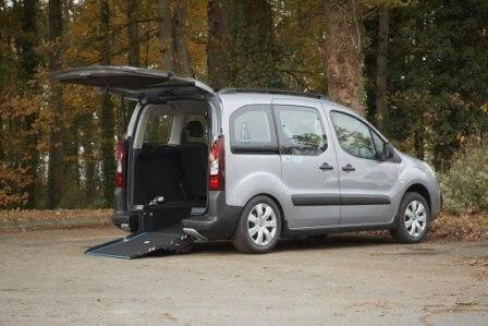 Citroen Berlingo pour fauteuil roulant TPMR