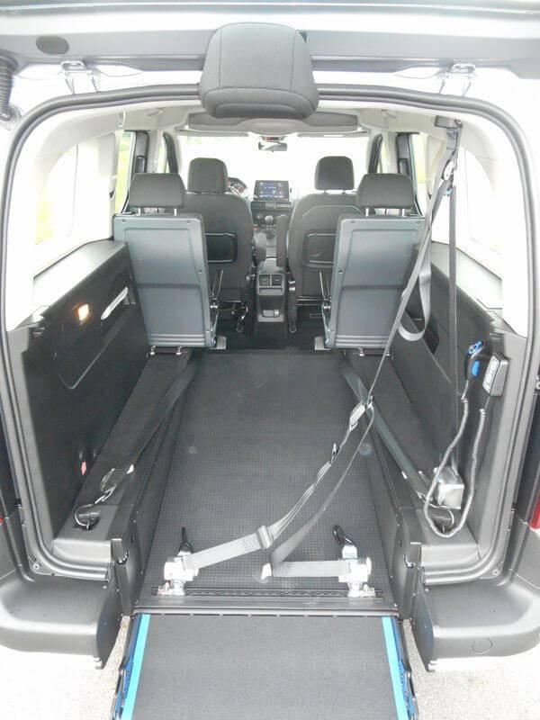Peugeot rifter pour fauteuil roulant