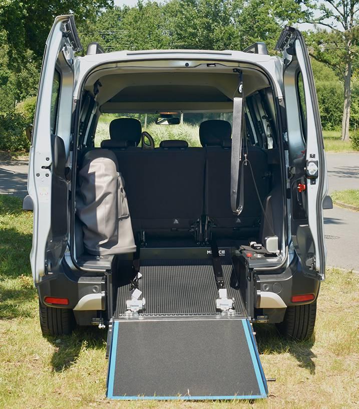 transformation véhicule pour personne à mobilité réduite